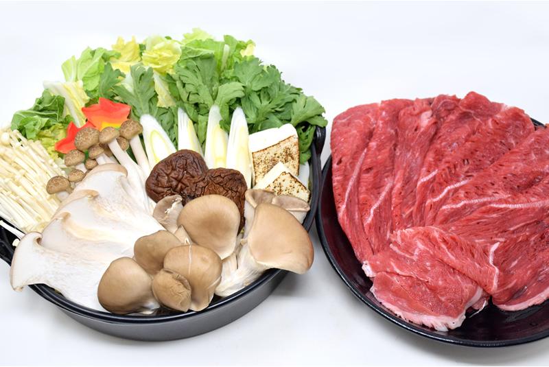 きのこすきやき鍋の写真
