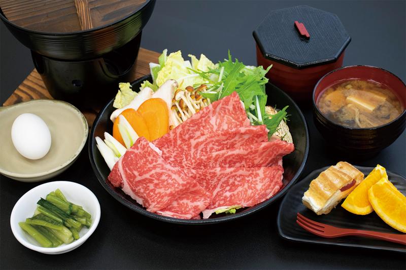 和牛すき焼き御膳の写真